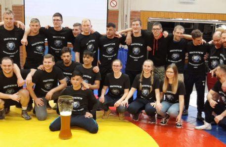 Auch die zweite Mannschaft der Mietrachinger Ringer Meister
